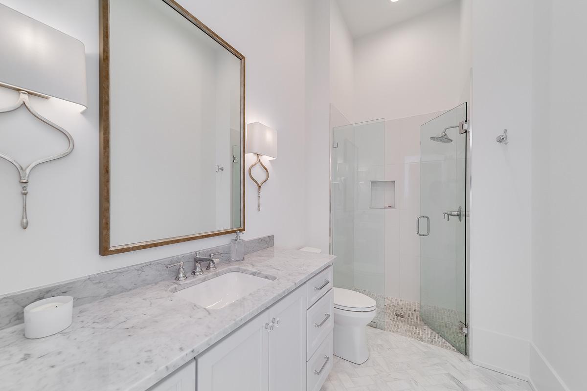 guest-bath-j-hand-homes
